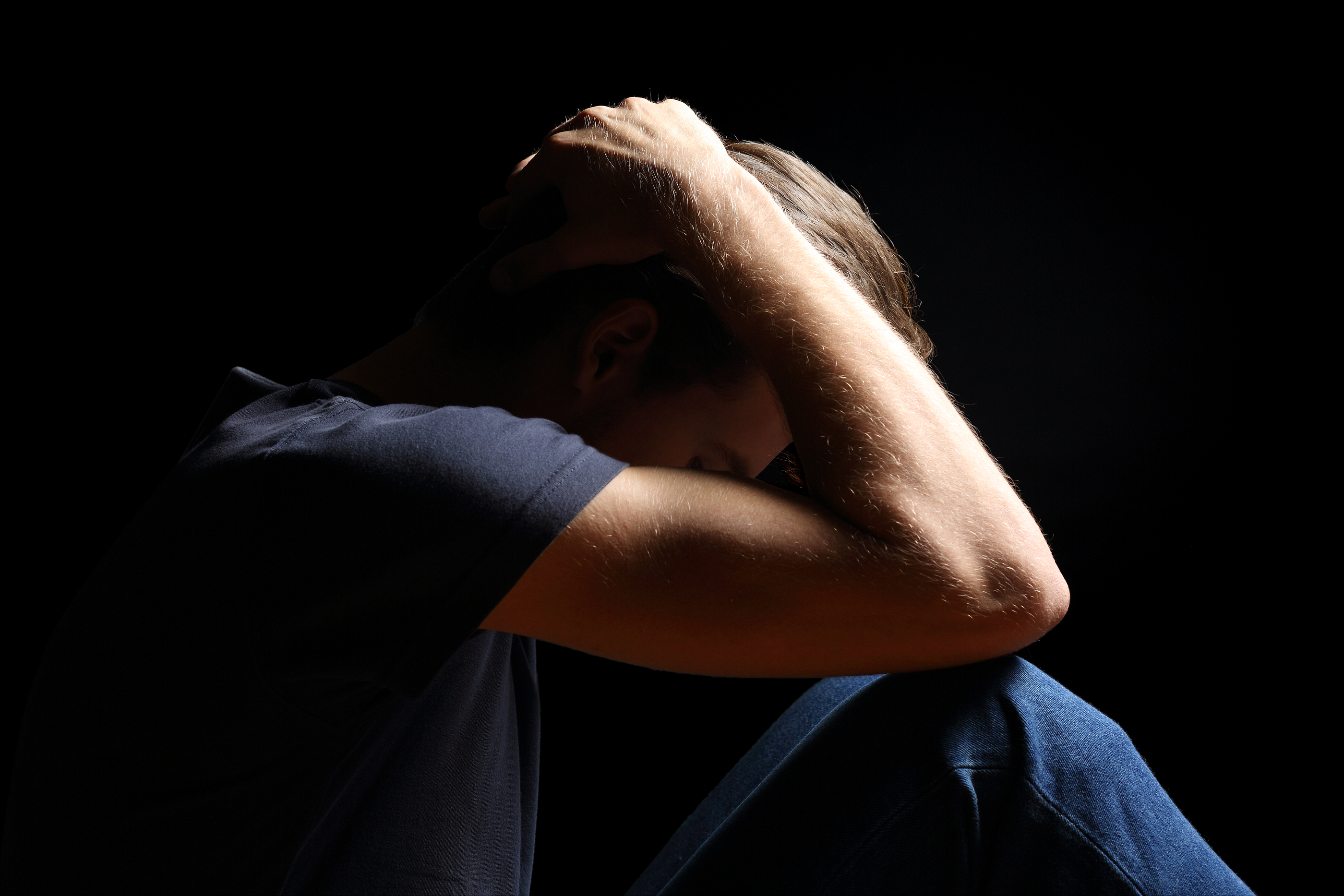 impact of chronic pain on suicidal thoughts Chronic pain has a greater chance to increase the risk of suicide and arrival of suicidal thoughts in the patient sufferering with depression those who commit suicide, do not want to end their life, they want to end their pain people, who commit suicide due to chronic pain, actually end their life to get rid of the pain.